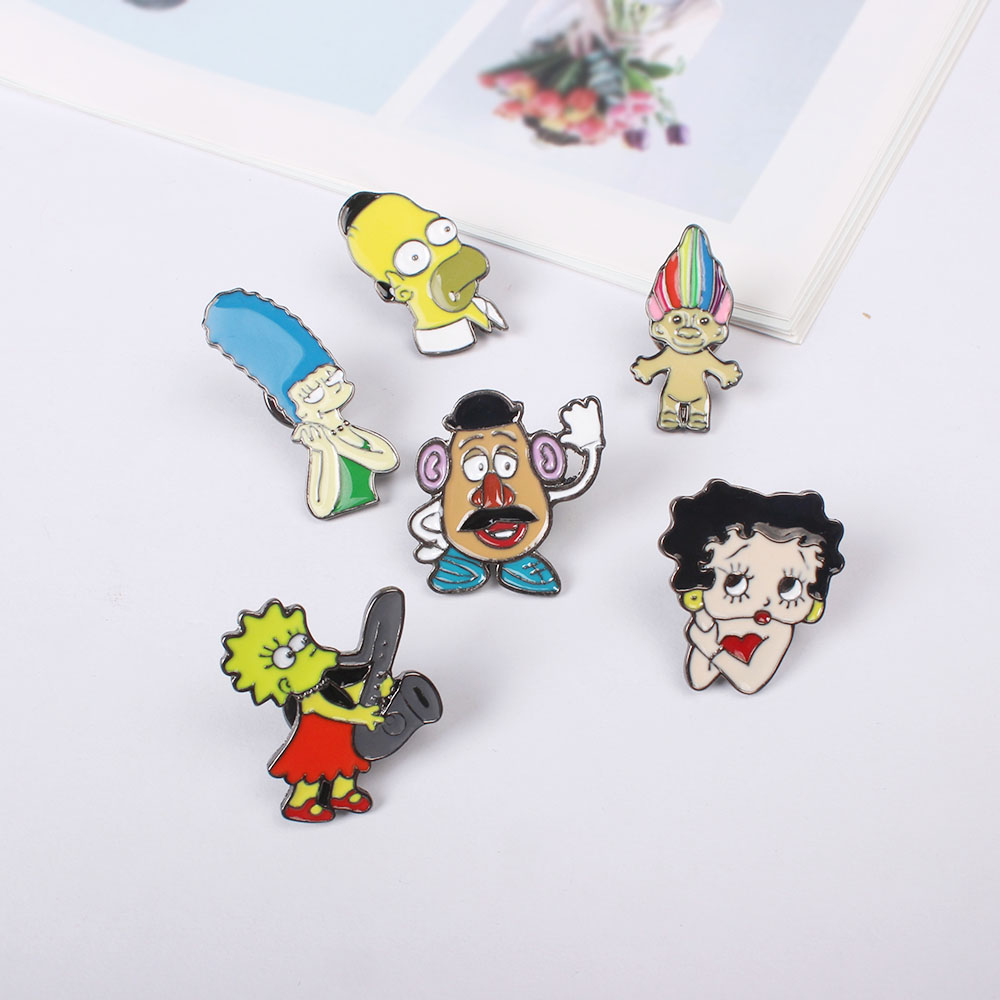Free Shipping Cartoon Cute Brooch Pins Button Pin Jeans Clothes Decoration For Women Gift Fashion Jewelry
