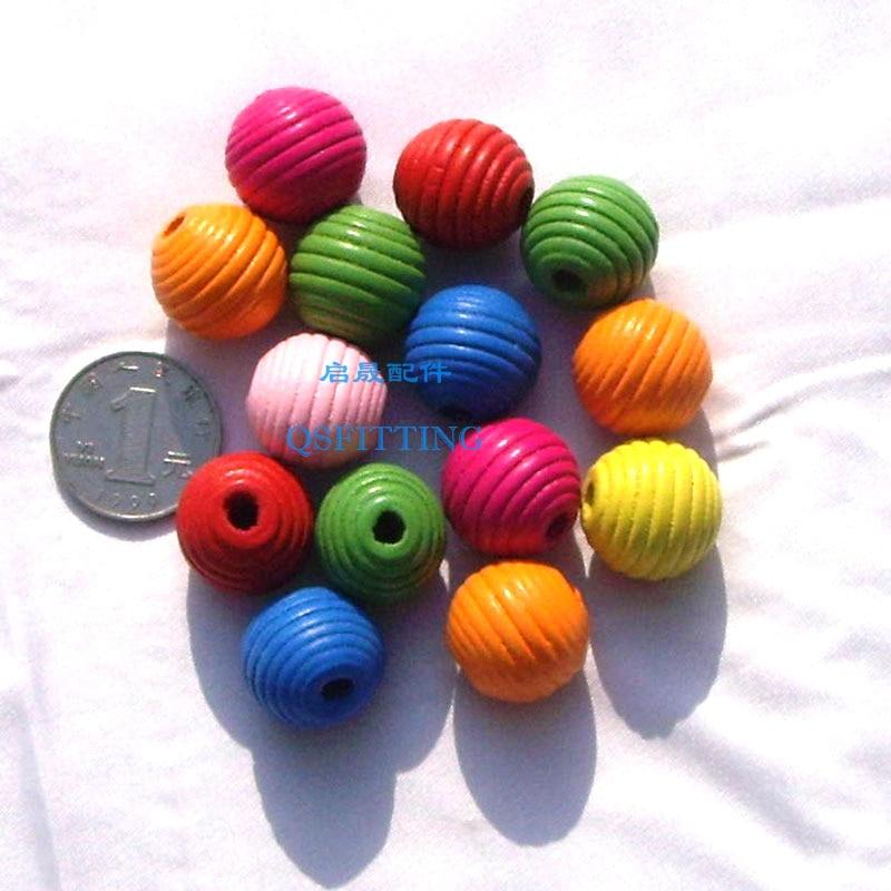 20 шт DIY Ювелирная фурнитура Детский отдел рукоделия браслет аксессуары смешанные формы деревянные бусины с мультяшным принтом животные разные цвета - Цвет: swirling beads