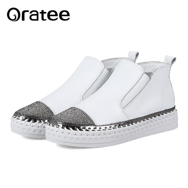 New Genuine Leather Women Platform Patchwork Flats Loafers Slip on Leisure Moccasins Brand Designer Rhinestone Girl