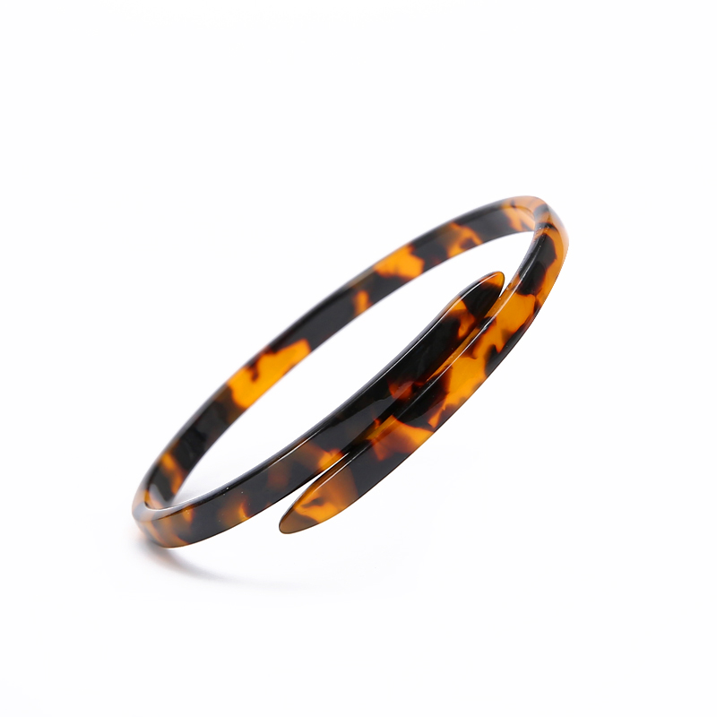 Acrylic Leopard Open Bracelet Cuff Resin Tortoise Acetate Bracelet Bangle with Metal Buckle for Women Girls Lightweight Fashion Jewelry