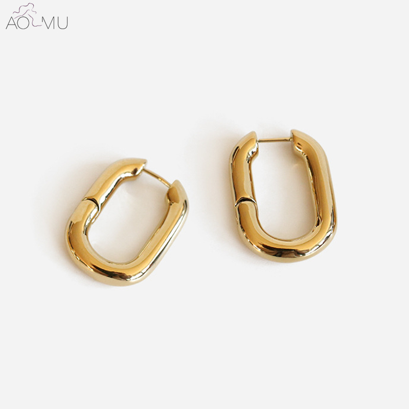 AOMU Simple Design Geometric Rectangular Lock Buckle Gold Metal Plated Brass Oval Chain Small Hoop Earrings for Women PartyAOMU Simple Design Geometric Rectangular Lock Buckle Gold Metal Plated Brass Oval Chain Small Hoop Earrings for Women Party