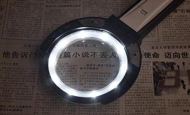 2.5X 8X bureau LED personnes âgées illuminées lecture Loupe pliable réparation Loupe avec lampes LED Loupe de Table