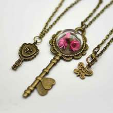2017 Retro Key Dry Flower Necklace Natural Wheat Flower Glass Ball Pendant Butterfly Necklaces for Women Gifts Free Shipping