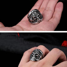 Men's stainless steel ring        Personality punk ring        Shantou ring       Rock armor skull ring new retro punk skull ring rock car crack halloween men and women personality ring jewelry gift