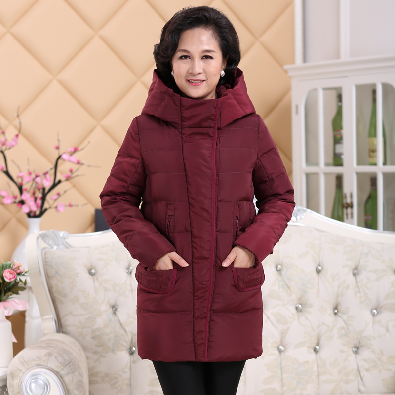 2017 In the old lady down jacket thick fat mother models large size winter 40-50-60 grandmother coat long paragraph 2017 in the elderly female winter down jacket large size short paragraph mother loaded 40 50 year old thicker grandmother jacket