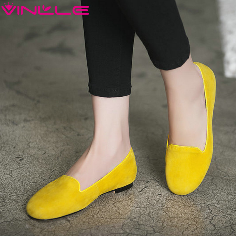 ФОТО VINLLE 2017 Women Pumps Bright Color Spring Shoes Low Heel Square Wedding Shoes PU Genuine Leather Thick Heel Pumps Size 34-43