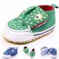 Nuevos 2016 Zapatos de Bebé Transpirable Zapatos de Lona de 0-3 Años de Edad Los Niños Zapatos de 2 Colores Cómodos Zapatillas de Deporte Del Bebé Niños Zapatos del niño