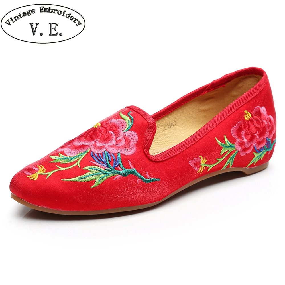 Chinese Women Shoes Embroidery Flats Vintage Flower Embroidery Pointed Toe Slip-on Soft Ballet Shoes Woman Casual Loafers women ladies flats vintage pu leather loafers pointed toe silver metal design
