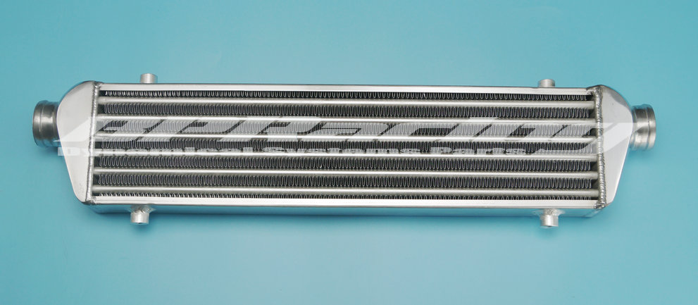 UNIVERSAL FRONT MOUNT TURBO ALUMINUM INTERCOOLER Coresize : 510 x 140 x 65mm / Oversize:690 x 140 x 65mm/ 2.5 Inlet/Outlet