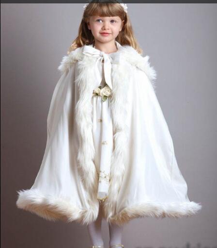 -Chá de Comprimento Meninas Encapuzados Cape Marfim/White Wedding Cloaks Faux Fur Jacket Para O Inverno Criança Da Menina de Flor Crianças Outerwear & Casacos