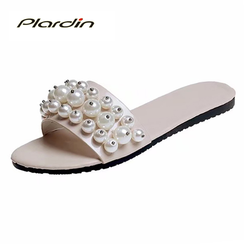 plardin New Summer plus size woman Indoor and outdoor Peep Toe square pearl Antiskid sandals shoes with one word woman shoes помада divage crystal shine 30 цвет 30 variant hex name 8c0317