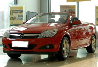 out-look-Opel-Astra-2010-2