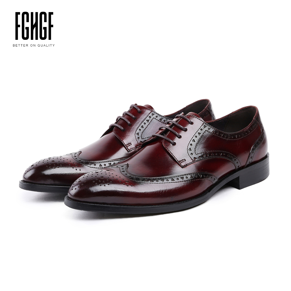 Men's Brogue Shoes Genuine Leather Cowhide Leather Pig Inner Round Toe Derby Style Dress Wedding Business Shoes 2018 New Lace-up classic men s genuine leather shoes cowhide leather pig inner pointed toe derby dress wedding business shoes 2018 fashion