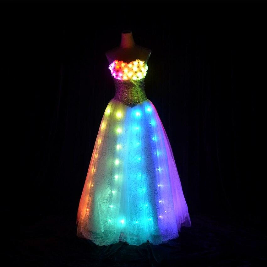 LED Robe nouvelle dame Lumineux Princesse Robe De Mariage Femmes Robe led  lumière Vêtements Bar de mode Jupe Salle De Bal De Danse vêtements ed51c978a76e