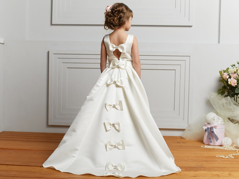 Elegant A-Line Satin   Flower     Girl     Dresses   for Weddings Party 2019 Little   Girls   Holy First Communion Pageant Gowns with Bow
