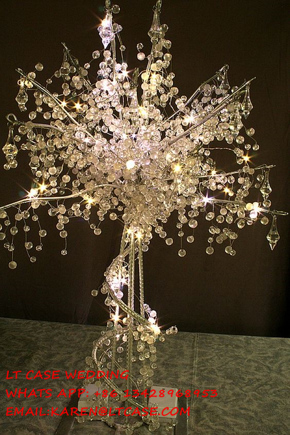 New 4 pieces 90cm tall acrylic crystal wedding tree with for Lighted wedding centerpieces ideas
