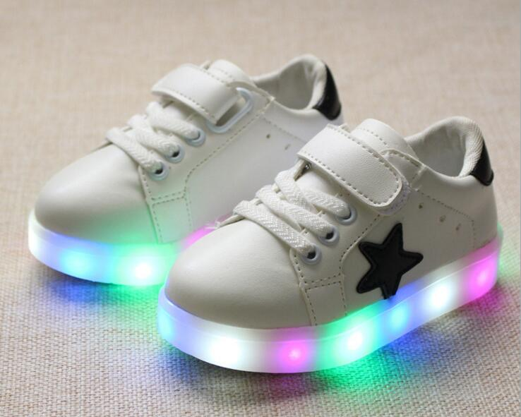 2018 Patchwork fashion Beautiful lighting baby kids shoes Hook&Loop cute glowing children sneakers hot sales girls boys toddlers