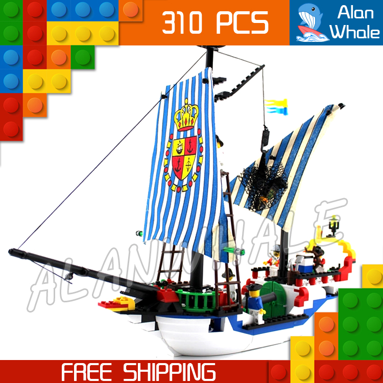 310pcs New Pirates of the Caribbean Imperial Royal Flagship Warship Ship 305 Model Building Kit Blocks Toys Compatible With Lego