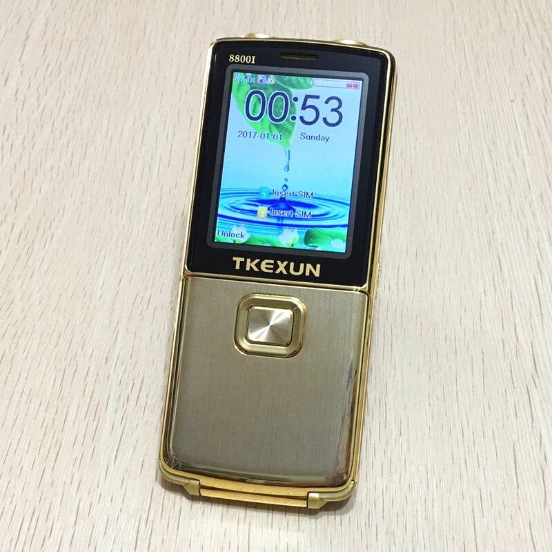 Cadeau 8800i vitesse cadran voix Magique de téléphone portable bluetooth SOS une clé double torche FM whatsapp débloqué flip métal mobile téléphone