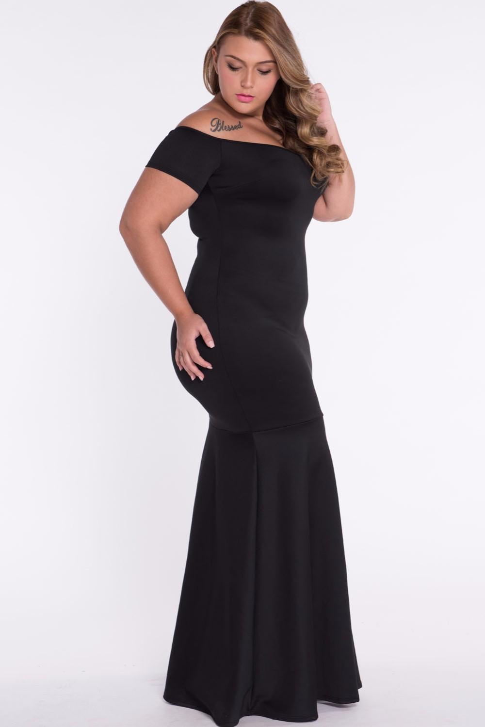 Black-Plus-Size-Off-Shoulder-Fishtail-Maxi-Dress-LC60884-3