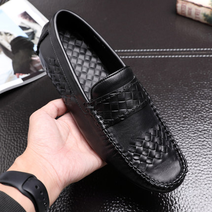 Genuine leather 2019 High quality Hand knit Casual shoes Doug shoes Foot Ventilation Popular Doug shoes
