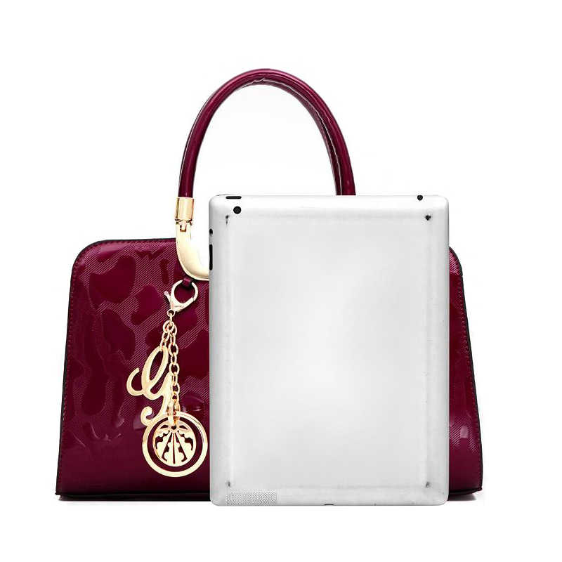 8969e70b409e ... ICeinnight мода Россия стиль для женщин сумки через плечо качество  лакированная кожа кулон tote Сумка клатчи ...