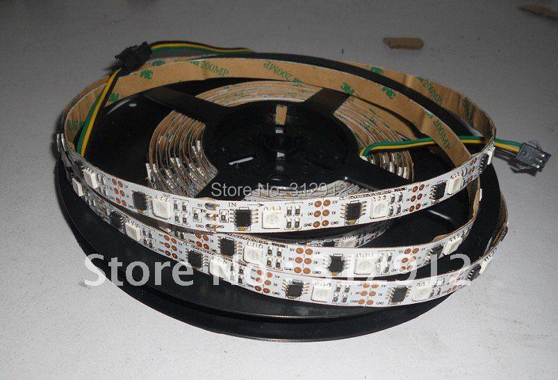 Bande numérique LED 5 m, entrée DC5V, IC WS2811 (échelle 256); IC 32 pièces et 32 pièces 5050 SMD rvb chaque mètre; non-imperméable