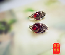 Thailand S925 pure silver jewelry production manual eardrop Thai restoring ancient ways garnet female model