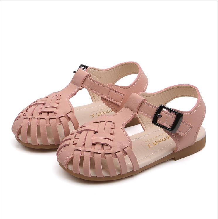 Nuovo sandalo in pelle delle ragazze di estate hollow bambini sandali da spiaggia rosa piccoli sandali della ragazza per bambini in pelle sandali scarpe da spiaggia per bambiniNuovo sandalo in pelle delle ragazze di estate hollow bambini sandali da spiaggia rosa piccoli sandali della ragazza per bambini in pelle sandali scarpe da spiaggia per bambini