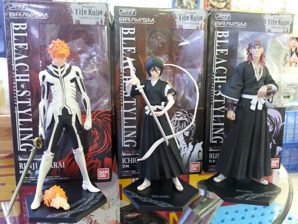Anime Bleach Approx 7inch 3pcs/set Kurosaki ichigo Kuchiki Rukia Abarai Renji PVC Action Figures Collectible Toys