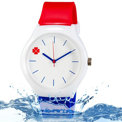 Willis fashion watch casual watch Four Leaf Clover Design Water Resistant Wrist Watch with Silicone Band women four leaf clover weave pendant bracelet wrist watch