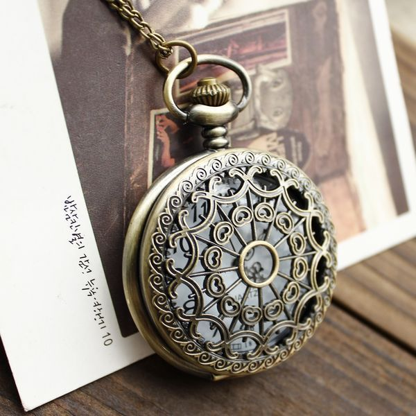 1pcs Retro Vintage Bronze Quartz Necklace watch Pendant Steampunk Chain Clock Pocket Watches Spider Web Hollow