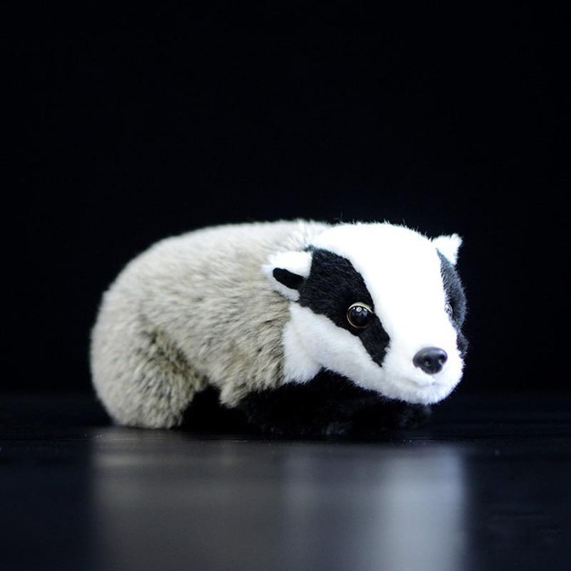 Simulation Badger Plush Toys Lifelike Dogs Stuffed Animal Badger Dolls Kawaii Toys for Children Birthday Christmas Gift 26cm