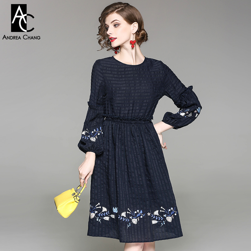 autumn spring woman dress blue leaf white floral pattern embroidery bottom cuff dark blue dress casual vintage knee length dress readit knitting dress 2017 winter woman dress dark blue wine red knitted dress calf length hollow out bottom casual dress d2558