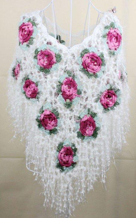 Envío gratis Lady Rose mano mantón del ganchillo Crochet Poncho ...