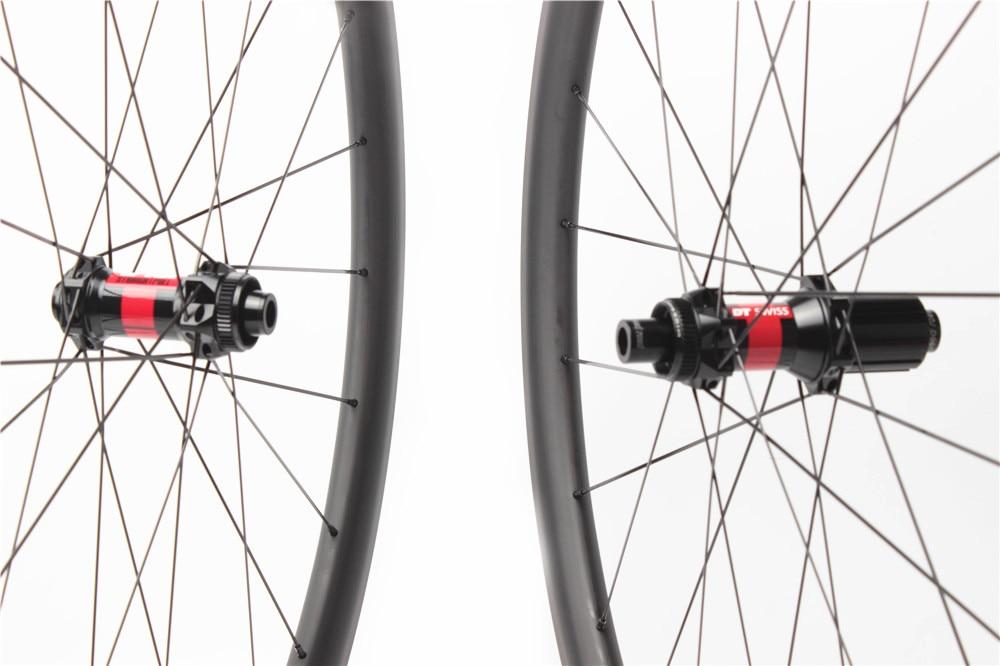 carbon wheels road