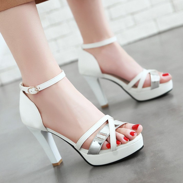 ladies dess heels mature