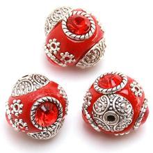 30 unids/lote Al Por Mayor granos de La Manera DIY Colgante círculo Rojo con tres rojo Fingió Indonesia 112529