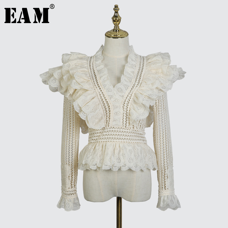 [EAM] 2019 New Spring Summer V collar Lshort Sleeve Black Loose Ruffles Stitching Hollow Out Sexy Shirt Women Fashion Tide WB60