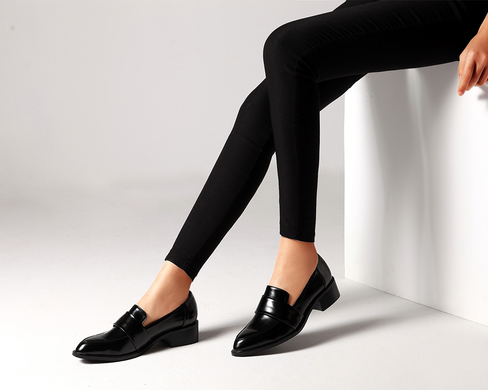 Big 2019 New Spring Pumps Women Shoes Business patent leather Footwear casual short heels shoes Black Loafer Shoes Tenis