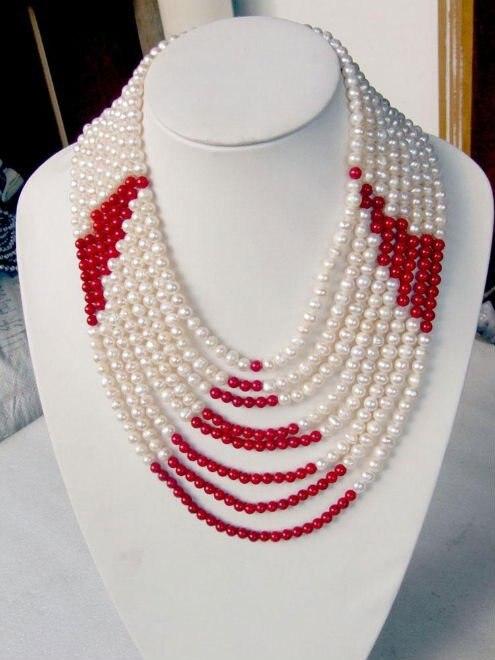 Collier de perles d'eau douce et de corail rouge élégant à la mode