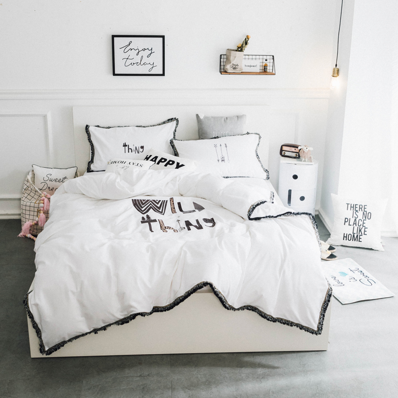 af7c77a7a963 White Korean Princess style Embroidery Duvet cover set Luxury Cotton Tassels  Bedding Sets Queen King size Bed sheet set Pillow