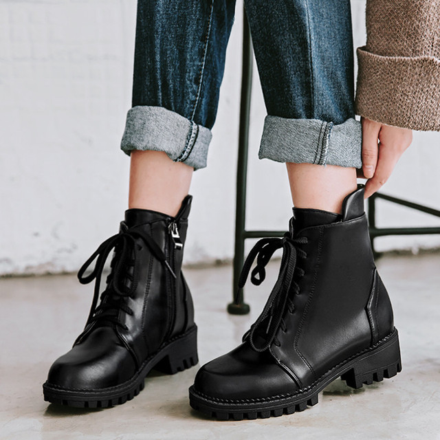 YMECHIC 2018 Lady Chunky Block Med Heels Ankle Motorcycle Combat Boots  Women Brown Black Lace Up Casual Winter Shoes Plus Size d32ec579b9