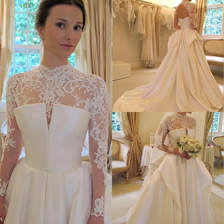 White Vintage Wedding Gowns Lace Long Sleeve Open Back A: Vintage Design White/Ivory With Long Sleeves Sexy Open