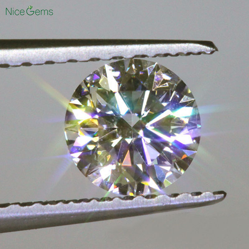 NiceGems D Color Moissanite 0.5CTW 3EX Hearts And Arrows 5MM Moissanites Loose Gems Colorless Lab Grown Diamond loose Stone VVS1 2