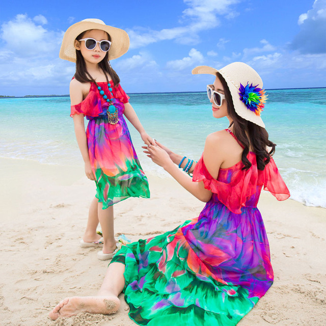 CHINGROSA Family Matching Outfits Mother Daughter Clothes Flowers Print Summer Beach Dresses Family Look Chiffon Dress Mom Kids