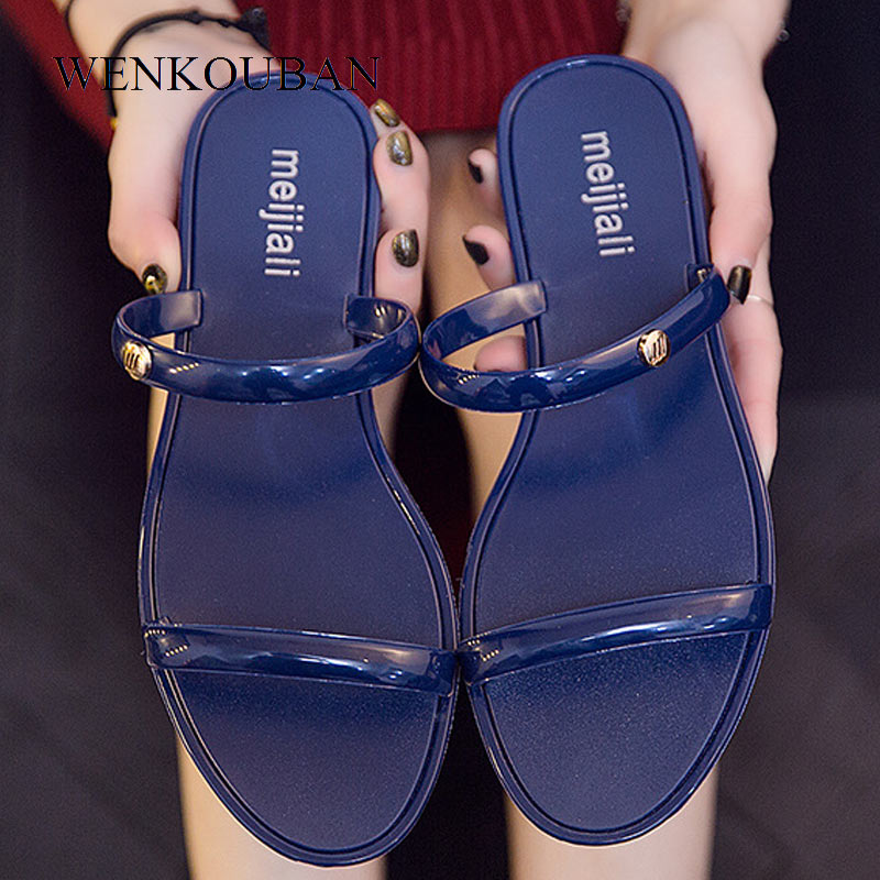 Fashion Jelly Shoes Women Sandals Summer Beach Shoes Slippers Ladies Flat Sandals Casual Mules Sandalias Chaussure Femme Ete
