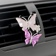Automobile Styling Accessorie Exquisite Butterfly Perfume Clip Womens Car Air Freshener Conditioning Decoration