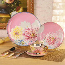 High-grade Antique romantic peony gold-plated Bone China Cutlery set 8pcs steak West plate Coffee bowls and dishes knife fork