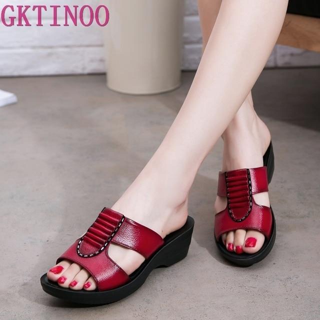 GKTINOO אמיתי LEAHTER כפכפים נשים קיץ נעלי רך תחתון נוח אמא כפכפים נשים סנדלים בתוספת גודל 35 41